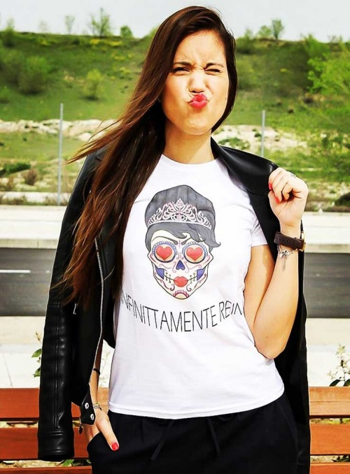 Camiseta mujer Infinittamente Reina blanca Infinitti