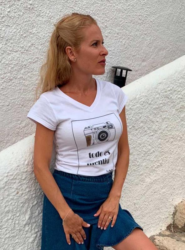 Camiseta Todo es mentira